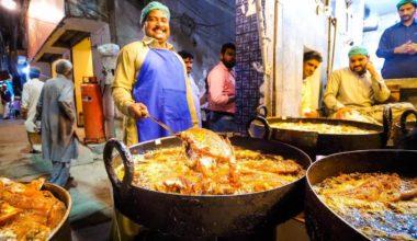 Best Street Foods In Pakistan